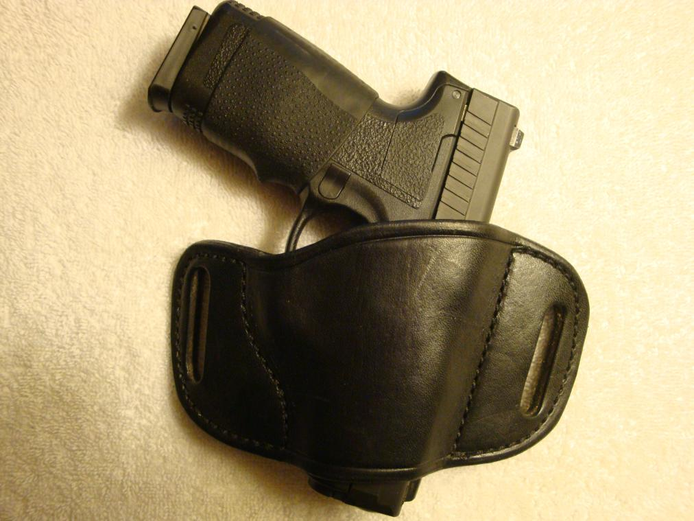 leather P45 holster-dsc00126.jpg